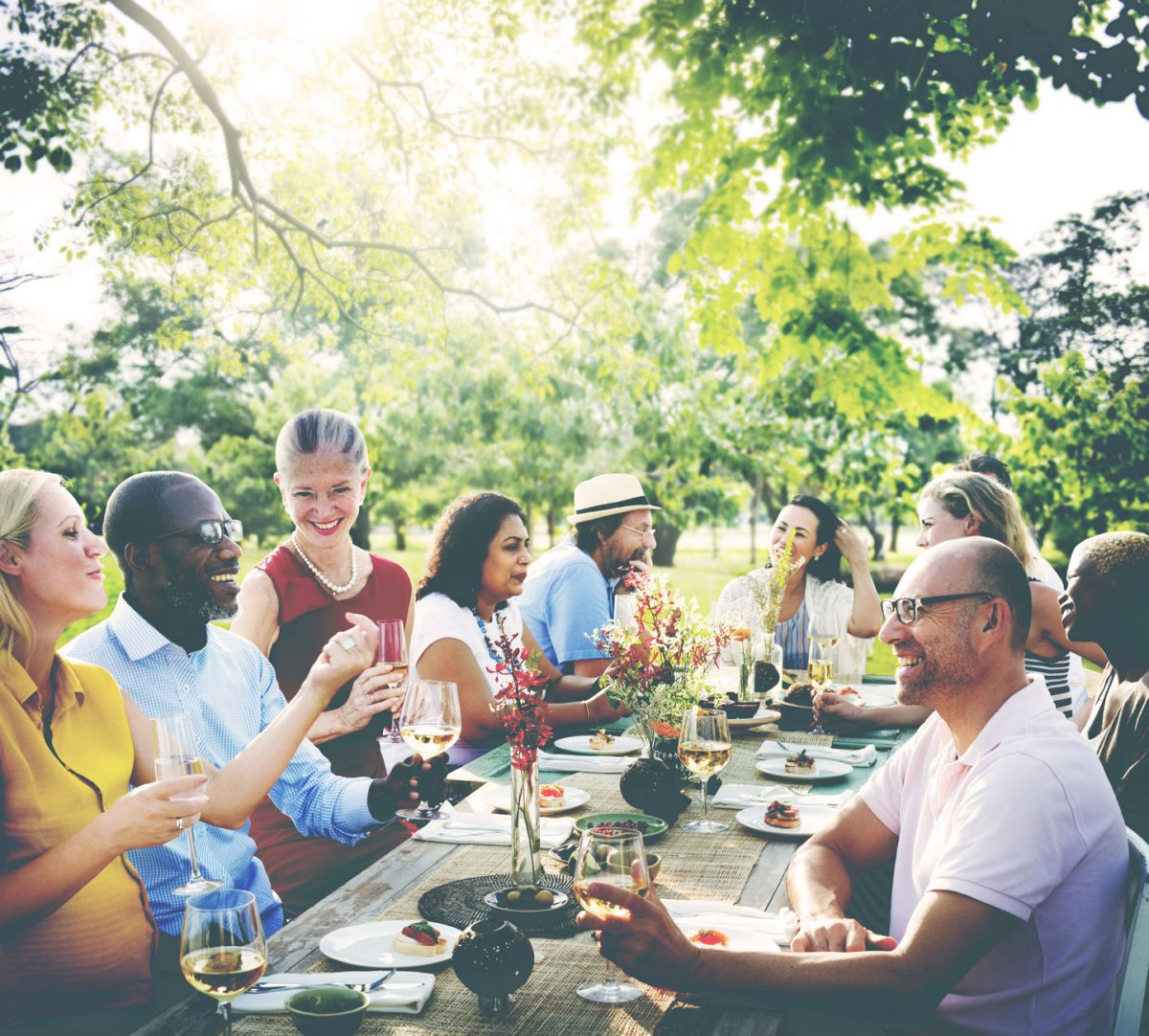 Top 5 Tips for Hosting Healthy Parties